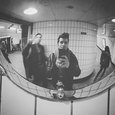 Found this guy with me in this mirror  #londonist #london #underground #tube