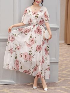 Chic Round Neck Floral Printed Chiffon Maxi Dress #floraldress #maxidress