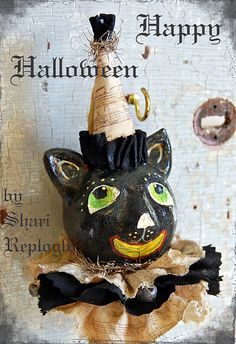 Halloween Black Cat Shaker by Staffordshire Garden / Shari Replogle, via Flickr