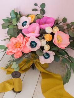DIY Paper Flower Bouquet by Appetite Paper… Paper Flower Art, Paper Flowers Craft, Crepe Paper Flowers, Paper Flower Tutorial, Flower Crafts, Diy Flowers, Flower Pots, Tissue Flowers, Potted Flowers