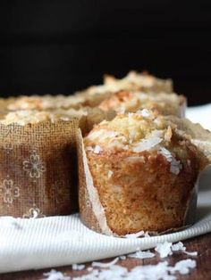 Banana Coconut Crunch Muffins: Banana Coconut Crunch Muffins are a fun twist on a classic banana bread muffin recipe! These banana nut muffins are made with walnuts, granola and coconut. Coconut Muffins, Banana Bread Muffins, Banana Coconut, Breakfast Muffins, Mini Muffins, Breakfast Potatoes, Banana Recipes, Muffin Recipes, Bread Recipes