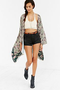 Chaser Printed Square-Sleeve Kimono- Floral Multi from Urban Outfitters. Saved to Sweater Weather