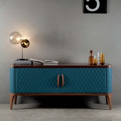 A modern buffet table is the perfect opportunity to surprise your guests! Rustic Furniture, Luxury Furniture, Living Room Furniture, Painted Furniture, Home Furniture, Modern Furniture, Furniture Design, Furniture Ideas, Outdoor Furniture