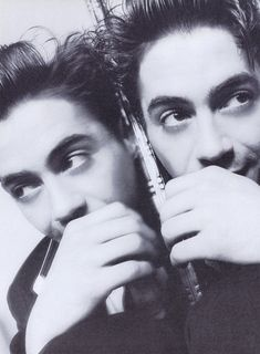 ♡♡ Robert Downey Jr., 23 years old.