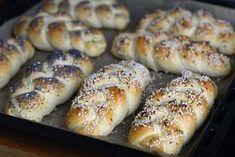 Czech Desserts, Bread Recipes, Cooking Recipes, Pan Integral, Czech Recipes, Bread Rolls, How To Make Bread, Bread Baking, Food Hacks