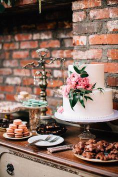 #cake-table  Photography: Jen Rodriguez - www.jen-rodriguez.com  Read More: http://www.stylemepretty.com/2014/08/12/vintage-romance-at-carondelet-house/
