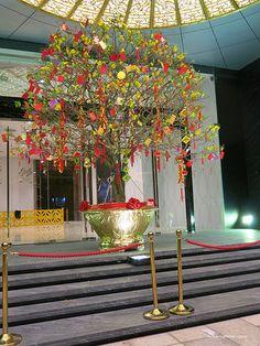 "En güzel dekorasyon paylaşımları için Kadinika.com #kadinika #dekorasyon #decoration #woman #women ""Tet"" New Year Celebrations - Nguyen Hue (""Flower Street"") - Ho Chi Minh City Vietnam"