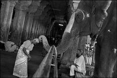abbas photographer on hinduism