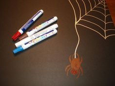Superhero Birthday Memory Board Craft Spiderman Style #craft #DIY