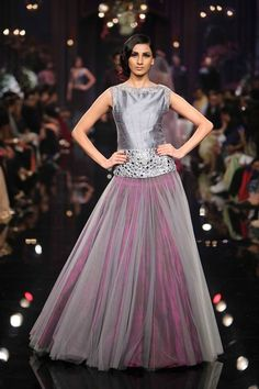 Lakme Fashion Week Winter 2014 – Manish Malhotra  Yes more tulle!