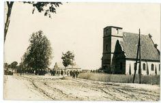 Jak umierała wieś i rodziło się miasto [ARCHIWALNE FOTOGRAFIE] - Magazyn Kaszuby Beautiful Buildings, Snow, Black And White, City, Outdoor, Photos, Fotografia, Outdoors, Pictures