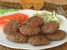 With All The Tricks: Butcher Meatballs - Fleisch Meatloaf Recipes, Meatball Recipes, Meat Recipes, Merida, Turkish Recipes, Ethnic Recipes, Turkish Kitchen, Metzger, Iftar