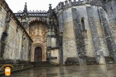 Visit Tomar and go to the Convent of Christ to admire some amazing architectural details.