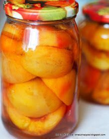 brzoskwinie-w-lekkim-syropie Aperol Drinks, Creative Food Art, Polish Recipes, Polish Food, Keto Diet For Beginners, Canning Recipes, Preserves, Pickles, Cucumber