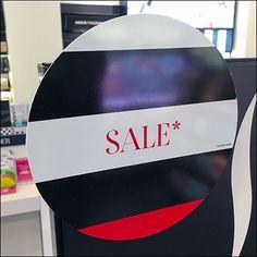 Stylish Sephora Circular Sales Splats Rihanna Lipstick, Rihanna Fenty Beauty, Stop And Shop, Retail Fixtures, Cosmetic Display, Lipstick Holder, Benefit Cosmetics, Urban Decay, Clear Acrylic