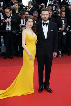 Anna Kendrick in Bvlgari jewels and Justin Timberlake in Tom Ford