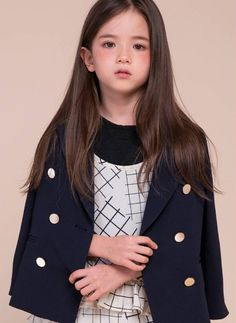 Asian Kids Ulzzang added a new photo. Cute Young Girl, Cute Baby Girl, Cute Babies, Asian Kids, Asian Babies, Little Girl Models, Child Models, Cute Baby Pictures, Le Jolie