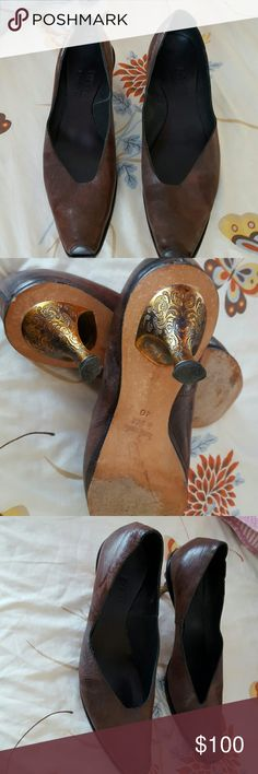 CYDWOQ SHOES Beautiful antique looking  all leather shoes super comfortable...2 1/2 inch heel CYDWOQ  Shoes Heels