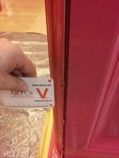 #Abplatzung #Instandsetzung #Reparatur #Beschaedigung #Schaden #Sanierung #Reklamation #Oberflaeche #Lack #Eloxal #Aluminium #Pulverbeschichtung #Komplettlackierung #Lackierung #Metall #Holz #Naturstein #Kunststein #Kunststoff #Shop #Einrichtung #Ausstellung #Gewerblich #Tresen #Showroom #Store #Verkaufsflaeche #Regale #Tisch #Decke #Wand #Boden Kratzer Druckstelle Farbunterschied Nutzungsschaden Bohrloch #Inneneinrichter #Renovierung #Einbau #Umbau #Innenraum #entfernen #beseitigen…