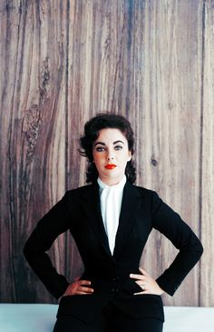 Elizabeth Taylor photographed by Mark Shaw, 1956.