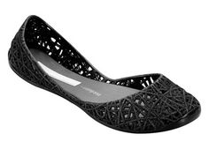 My favorite shoe in the universe! (Melissa Campana Zig Zag.. jelly shoe and eco friendly!) So awesome I can't even begin...love.