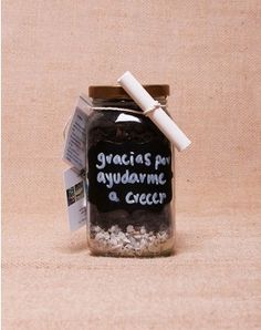 HUERTO JARS Gift Ideas, Tags, School, Gifts, Freckles, Teachers' Day, Potager Garden, Recycling, Printables