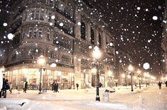 a good snow in a bustling city is a memory I cherish.  Being a former Chicagoan I have seen my share of measurable snow.  The feeling of excitement that it brings is in describable.