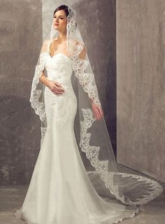 2019 Cathedra Lace Wedding Veil With Comb Meter Long Bride Wedding Veil Lace Edge One Layer Bridal Veil Wedding Accessories Bride Veil, Wedding Dress With Veil, Wedding Veil, Wedding Gowns, Lace Wedding, Wedding Garters, Wedding Beach, Vineyard Wedding, Gift Wedding