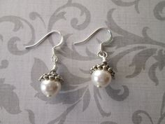 Swarovski Elements white Pearl silver dangle by BeadLove14 on Etsy