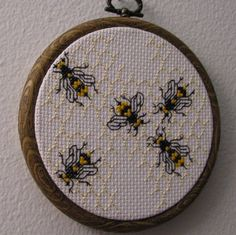 Cross Stitch Honeycomb and Bee Mini Sampler -- need to find the link to the free pattern, it's in the vintage library Bee Embroidery, Blackwork Embroidery, Cross Stitch Embroidery, Cross Stitch Patterns, Bee Art, Manta Crochet, Bee Crafts, Cross Stitch Animals, Bees Knees