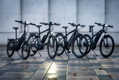 The Urban Special: Have a safe commute – we tested E-Bikes, clothing, helmets and accessories for you - You live outside town, but have a job in the city centre – unfortunately you have to commute. More and more people are riding in to work every day. One of many reasons for us to take a closer look at the gear we can recommend, and think about tips we can give you for a safer ride. Read on in our Urban Special!