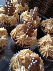 Gingerbread Cupcakes. very cute but probably need to add cookies very close to serving time so as not to soften.Maybe make them out of chocolate instead!