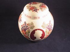 Queen Elizabeth ceramic Ginger Jar made to commemorate the Royal Silver Jubilee 1977 Royal Masons Ginger Jar Royal Collectible Royal Chic English Royalty, Masons, Save The Queen, Ginger Jars, Queen Elizabeth, Christmas Bulbs, Ceramics, Chic, Silver