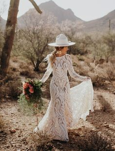 Bridal Trend with Hats // Boho Hipster Bride with Casey Quigley // rue de seine dress hats boho Trending Now: Modern Bridal Hats for Your Wedding Day Long Sleeve Bridal Dresses, Long Wedding Dresses, Wedding Gowns, Western Wedding Dresses, Headpiece Wedding, Modest Wedding, Hair Wedding, Bouquet Wedding, Wedding Nails