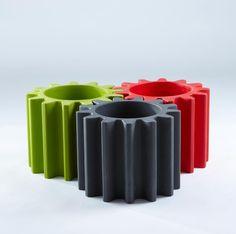 GEAR pots, design by Anastasia Ivanyuk for SLIDE