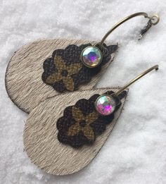 Excited to share the latest addition to my shop: Louis Vuitton Inspired Teardrop Earrings; Diy Leather Earrings, Diy Earrings, Teardrop Earrings, Crochet Earrings, Diy Jewelry, Handmade Jewelry, Jewelry Ideas, Jewelry Box, Jewlery