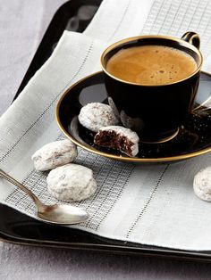 Love this black cup and saucer. The cookies aren't bad either!!
