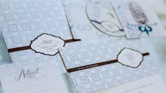 Ob Einladungs-, Antwort-, Menü-, Tisch-, Danksagungskarte und CD-Cover für die Hochzeit oder Geburts-, Tauf-, Kommunion- oder Konfirmationskarte ...  Anke ist Diplom-Kommunikationsdesignerin (Grafik Design & Fotodesign) und ist als Creative Director in der Werbung tätig. Bei der  Papeterie ist sie eure direkte Ansprechpartnerin, die eure Wünsche und Vorstellungen versteht und in Ergebnisse umsetzt.