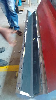 #Moglice Slideway coating of V- and Flat ways #BlanchardGrinder #LowFriction #BuildFast #RepairFast #SlideRepair #Reconditioning
