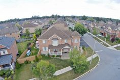 72 Grand Oak Dr, Richmond Hill, Ontario