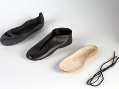 flat pack disassemblable (?) shoes!