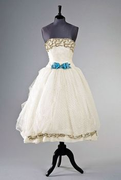 Audrey Hepburn's Dress in Love in the Afternoon 1957 - designed by Hubert de Givenchy