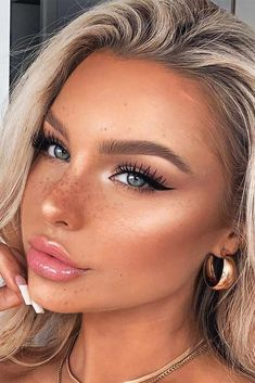 natural makeup for blondes / natural makeup ; natural makeup for brown eyes ; natural makeup for black women ; natural makeup looks ; natural makeup for blue eyes ; natural makeup for blondes ; Lemy Beauty, Beauty Make-up, Beauty Hacks, Beauty Care, Hair Beauty, Beauty Guide, Health And Beauty Tips, Beauty Secrets, Beauty Skin
