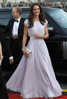 Imagine going to prom in a Kate Middleton dress!  You can buy this dress here!