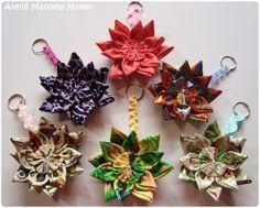 Chaveiros de Flores de Fuxico com Alças de Sianinha