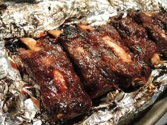 Fall-Off-The-Bone Beef Ribs in the oven... I'm not a rib fan... But my husband and my daughter definitely are!!!