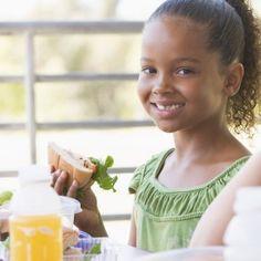 Buñuelos de viento. Una receta tradicional para los niños Empanadas, Face, Crepes, Queso, Vitamins, Vases, Christmas Cookie Recipes, Breakfast For Children, Recipes For Children