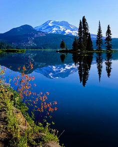 Morning Elegance, Sparks Lake, Oregon WOW so beautiful. Oregon Mountains, Cascade Mountains, Landscape Photos, Landscape Photography, Photography Tips, Landscape Lighting, Landscape Design, Landscape Fabric, Landscape Architecture