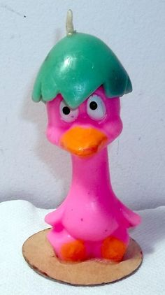 VINTAGE GURLEY CANDLE - FUNNY PINK EASTER DUCK CHICK WITH EGG ON HEAD