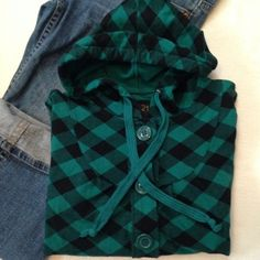 "Forever 21 plaid hoodie Teal and black aid hoodie. Button down. Excellent condition. No fading Aprox measurements laying flat Bust 17""  Length 22"" Forever 21 Tops Sweatshirts & Hoodies"